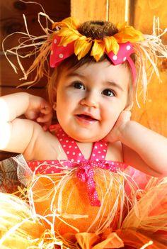 Baby portrait. Fall. Sunflower tutu.