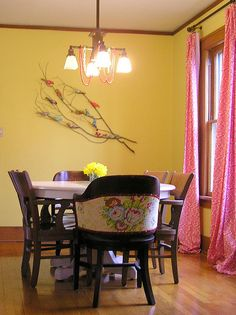 oooh, never might have thought of PINK with the yellow walls... and, of course, adore the Heather Bailey fabric on the chairs.  I think I might need to do pink in the breakfast area and turquoise accents in the kitchen.