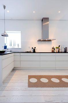 White kitchen A-hus Stocksund