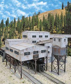 "Walthers Cornerstone 4046 - Diamond Coal Corporation - Kit - 19-3/8 x 13-3/16 x 7-1/2"" 49.2 x 33.4 x 19cm (933-4046) - Walthers Model Railroading"