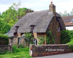 Old Country Cottage   Cottage-Old-Basing3