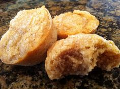 Hives in the Kitchen: Allergy Free Applesauce Muffins