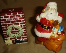 COCA COLA Santa Claus Fireplace SALT & Pepper SHAKERS