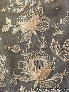 / beautiful and elaborate antique lace / Tambour Beading, Tambour Embroidery, Silk Ribbon Embroidery, Embroidery Stitches, Embroidery Patterns, Machine Embroidery, Antique Lace, Vintage Lace, Linens And Lace