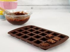 Who doesn't love brownie bites? With the Wilton 24-Cavity Bite-Size Brownie Silicone Mold you can create tantalizing, chocolatey treats with incredible ease. Plus, its silicone construction means r...