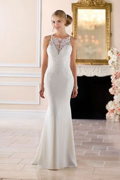 This simple & sweet wedding dress by Stella York (style 6404) would be perfect for a beach-front ceremony - #bridalgown #weddingdress