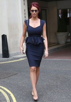 Amy Childs sports steely pout as she slips into skin-tight dress - Celebrity Fashion Trends High Street Fashion, All Black Fashion, Curvy Fashion, Woman Fashion, Black Silk Shirt, Hot Summer Outfits, Amy Childs, Senior Prom Dresses, Office Outfits