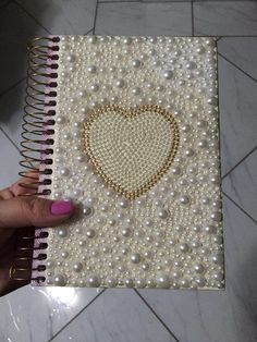 Scrapbook Cover Scrapbook Albums Journal Covers Notebook Covers Paper Crafts Arts And Crafts Diy Crafts Book Binding Projects To Try Book Crafts, Diy And Crafts, Arts And Crafts, Paper Crafts, Notebook Diy, Notebook Covers, Pearl Crafts, Scrapbook Cover, Book Binding