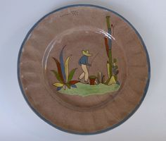 """Old vintage Mexican Tlaquepaque fluted 1940s tan colored plate 11"""" diam."""