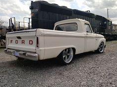 Hot Rod Trucks, Cool Trucks, Big Trucks, Classic Ford Trucks, Ford Pickup Trucks, Muscle Cars, F100 Truck, Muscle Power, 1964 Ford