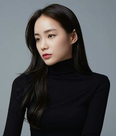 make up looks natural asian Korean Beauty Girls, Asian Beauty, Korean Best Friends, Girls With Black Hair, Beautiful Asian Girls, Ulzzang Girl, Bridal Makeup, Beautiful Actresses, Beauty Women