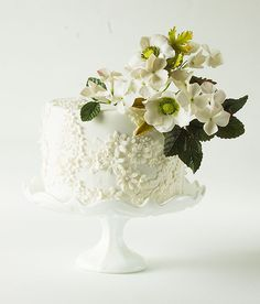 Wedding Cakes That WOW from Lina Veber Cake- MODwedding