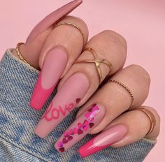 Make a different Valentine's Day nail art? We have prepared 60 valentine nail art styles for you to choose. Acrylic Nails Coffin Short, Summer Acrylic Nails, Best Acrylic Nails, Coffin Shape Nails, Aycrlic Nails, Swag Nails, Hair And Nails, Blush Nails, Glitter Nails