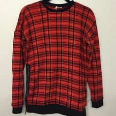 Vans pullover Plaid pullover from Vans with zipper on left side. 80% cotton, 20% polyester. Worn once, in excellent condition. Vans Sweaters Crew & Scoop Necks