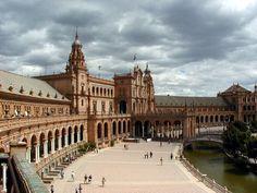 Plaza de España, Sevilla, España | la plaza de espana de la ciudad de sevilla fue realizada por al ...