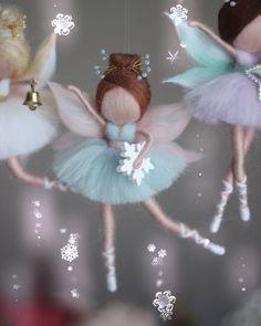 Photo by Бойчук Ольга MAWA феи on January Nenhuma descrição de foto disponível. Fairy Crafts, Doll Crafts, Diy Doll, Christmas Tree Fairy, Felt Christmas, Christmas Crafts, Diy And Crafts Sewing, Diy Arts And Crafts, Felted Wool Crafts
