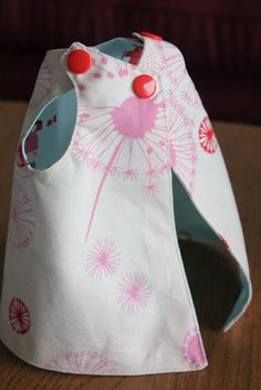NICU Hospital Gown http://badskirt.blogspot.com/2012/12/project-nicu-baby-hospital-gown-tutorial.html