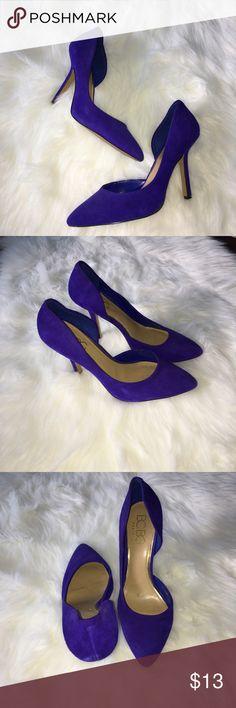 BCBG Purple Pump Gorgeous purple (blue-toned) pump. Very comfortable and light-weight. BCBGeneration Shoes