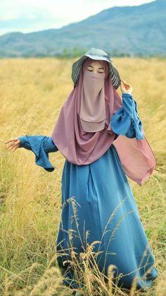 Asian Wedding Dress Pakistani, Pakistani Dresses, Islamic Girl Images, Muslim Women Fashion, Muslim Girls, Beautiful Girl Photo, Girls Image, Lifestyle Photography, Hijab Fashion