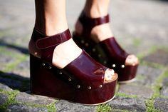 Célineburgundy platform sandals