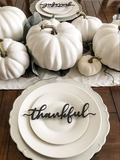 Thankful, grateful, blessed and gather wood word signs to add the finishing touch to your table this fall. Thanksgiving Plates, Thanksgiving Table Settings, Thanksgiving Decorations Outdoor, Outdoor Thanksgiving, Thanksgiving Ideas, Holiday Ideas, Parisian Chic Decor, Parisian Bedroom Decor, Fall Dining Table
