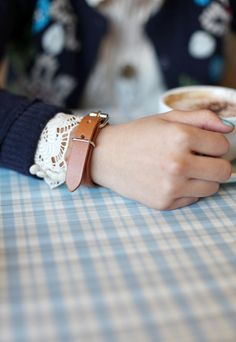 nails, watch, lace, latte.