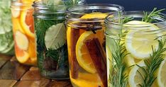 Again with the colors of citrus and natural materials. I also like original idea behind this post - natural room scents! _ DIY Natural Room Scents (this is such a great idea! Pot Mason, Mason Jars, Room Scents, Pot Pourri, House Smells, Natural Cleaning Products, Household Products, Natural Products, Aroma Products