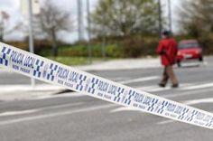 Aparece una mujer apuñalada en el interior de un coche en Lugo. El cadáver, que ya ha sido identificado, presenta signos de violencia. Tenía puñaladas en el costado izquierdo y era natural de Castro de Rei. El Mundo, 2016-08-09 http://www.elmundo.es/sociedad/2016/04/09/5708f0db268e3e69398b45b8.html
