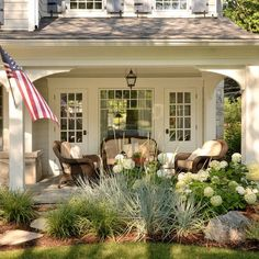Especially the hydrangeas! Lovely Renovations - traditional - porch - chicago - Siena Custom Builders, Inc.would love this off master bedroom Farmhouse Landscaping, Front Yard Landscaping, Landscaping Ideas, Front Porch Landscape, Southern Landscaping, Front Porch Garden, Outdoor Landscaping, Outdoor Rooms, Outdoor Living