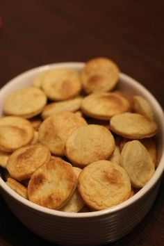 "Biscuiții ""mami, mai faci?"" — Printesa Urbana Good Healthy Recipes, Baby Food Recipes, Snack Recipes, Snacks, Delicious Recipes, I Foods, A Table, Foodies, Chips"