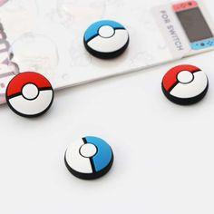 Pokémonból sosem elég! Ruházd fel kedvenc kontrollered ezzel a praktikus csúszásgátlós joystick védő kupakkal! Szerezd meg hát mind! Minion, Nintendo Switch, Barware, Accessories, Minions, Tumbler, Jewelry Accessories