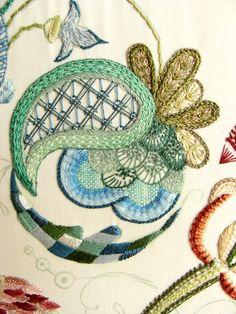 Crewel embroidery by Tatiana Popova (www.sovushka.com.ua)