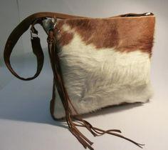 """KUHIE, Kuhfelltasche """"Pooh"""" braun-weiß von Gmischtesach:  Die Tasche mit der Kuh !! auf DaWanda.com"""