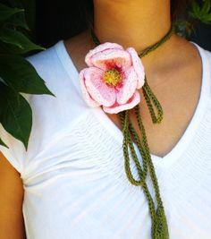 PDF Knit Flower Pattern  Peony Lariat Necklace par OhmayDIY sur Etsy, $6.00