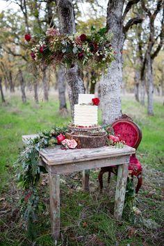 woodland wedding cake table, photo by Nikita Lee http://ruffledblog.com/glam-winter-bridal-inspiration #weddingcake #cakes #caketable