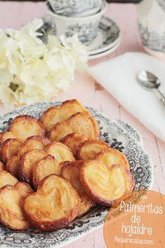 Recetas para niños: Palmeritas de hojaldre. Una receta muy facil con 2 ingredientes y perfecta para cocinar con niños