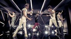 SHINee(샤이니) _ LUCIFER _ MusicVideo HD again the choreography, so cool.  Also I have a love/hate relationship with their hair cuts.