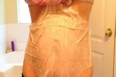 - She Applied Apple Vinegar and Slept With Plastic Wrap Bandages – See What Miracle Happened In The Morning… - Be Extra Healthy Now Apple Cider Vinegar Facial, Apple Vinegar, Vicks Vaporub, Stomach Wrap, Bio Food, Plastic Wrap, Plastic Bags, Body Wraps, Miracles Happen