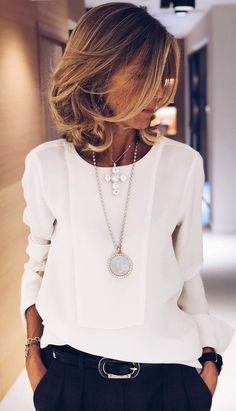 Making an investment in a nice blouse with navy or black trousers this Winter with a belt and matching 30 statement necklaces is a perfect work or meeting outfit. Simple and chic. Office Outfits, Mode Outfits, Casual Outfits, Fashion Outfits, Office Wear, Office Chic, Fashion Ideas, Fashion Styles, Casual Office