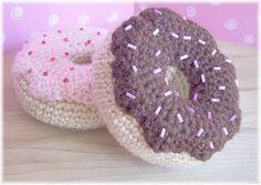 Iced Donuts by ktbdesigns, via Flickr #naturadmc #crochet