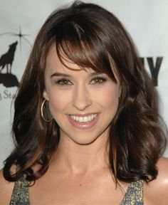 Lacey Chabert Side Swept Long Hair Style=-2