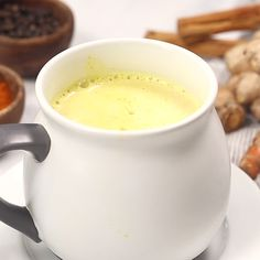 Vanilla Turmeric Golden Milk Latte Comforting turmeric tea (aka golden milk) is also the perfect way to cozy up at the end of a long d Tumeric Tea Recipe, Turmeric Recipes, Healthy Juices, Healthy Drinks, Healthy Recipes, Keto Recipes, Healthy Snacks, Milk Tea Recipes, Coffee Recipes
