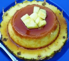 Flan de Piña or Pineapple Flan is another traditional Colombian flan. I tried to make it with fresh pineapple but the flan didn't have the right consistency, it Most Popular Desserts, Just Desserts, Delicious Desserts, Yummy Food, Colombian Desserts, Colombian Food, Colombian Recipes, Filipino Desserts, Goya Recipe