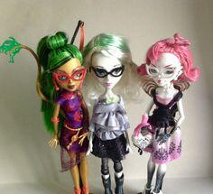 Monster High Doll / Mystixx Cats Eye by GirlySuppliesDeJaVu