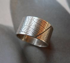 Leaf pattern ring, Sterling silver ring, wide band ring, metalwork jewelry. $74.00, via Etsy.