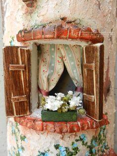 Panificio (particolare) http://www.coppobuonricordo.it/ Tegole antiche decorate e dipinte a mano.