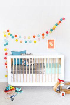 New Baby Room Ideas Neutral Modern Crib Sheets Ideas Baby Room Design, Nursery Design, Baby Room Decor, Playroom Design, Bright Nursery, Rainbow Nursery, Baby Room Neutral, Nursery Neutral, Baby Boy Nurseries