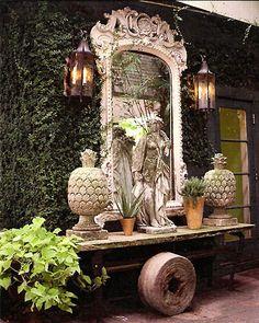 Vintage Garden Decor Creative Ideas Container gardeners take note. Outdoor Living Rooms, Outdoor Spaces, Outdoor Decor, Outdoor Mirror, Outdoor Buffet, Gazebos, Arbors, Garden Mirrors, Old Mirrors
