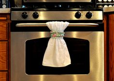 Ha! A dish towel belt - what a great way to keep my kitchen towels off the floor!