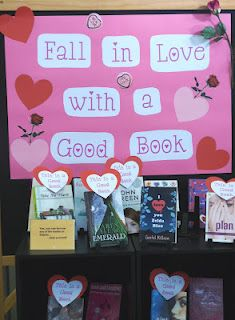 Cute library display for Valentine's Day.for my extra bulletin board February Bulletin Boards, Valentines Day Bulletin Board, Reading Bulletin Boards, Bulletin Board Display, Reading Boards, Display Boards, School Library Displays, Middle School Libraries, Elementary Library Decorations